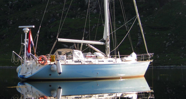 sailing yacht -zeiljacht Cherokee