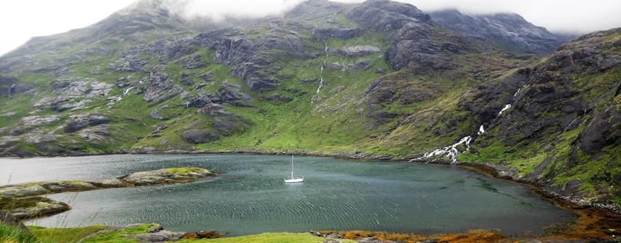 Loch Scavaig Schottland