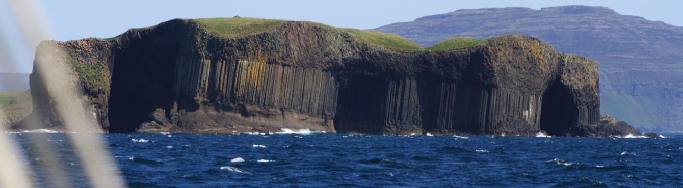 Sailing-holidays-Staffa-Mull